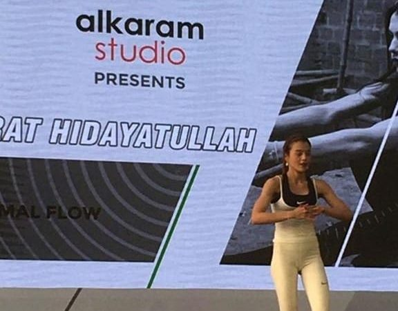 Alkaram Studio Partnered Up with Nusrat Hidayatullah and KIA Get Fit Pakistan to Showcase Their Active Wear Collection