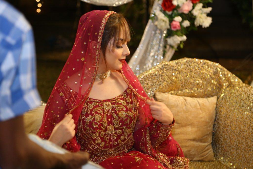 """Alizeh Shah Signs for Web series with UrduFlix Originals title """"Dulhan aur aik Raat"""""""