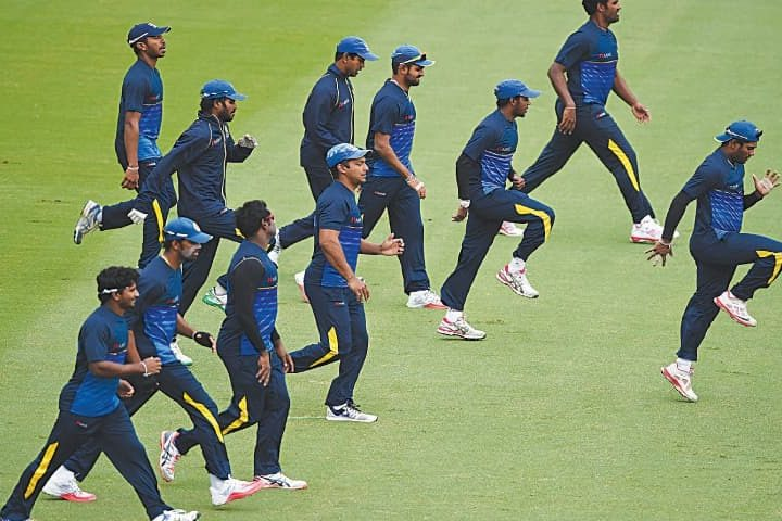 Sri Lanka name squad for England tour as pay row remains unresolved